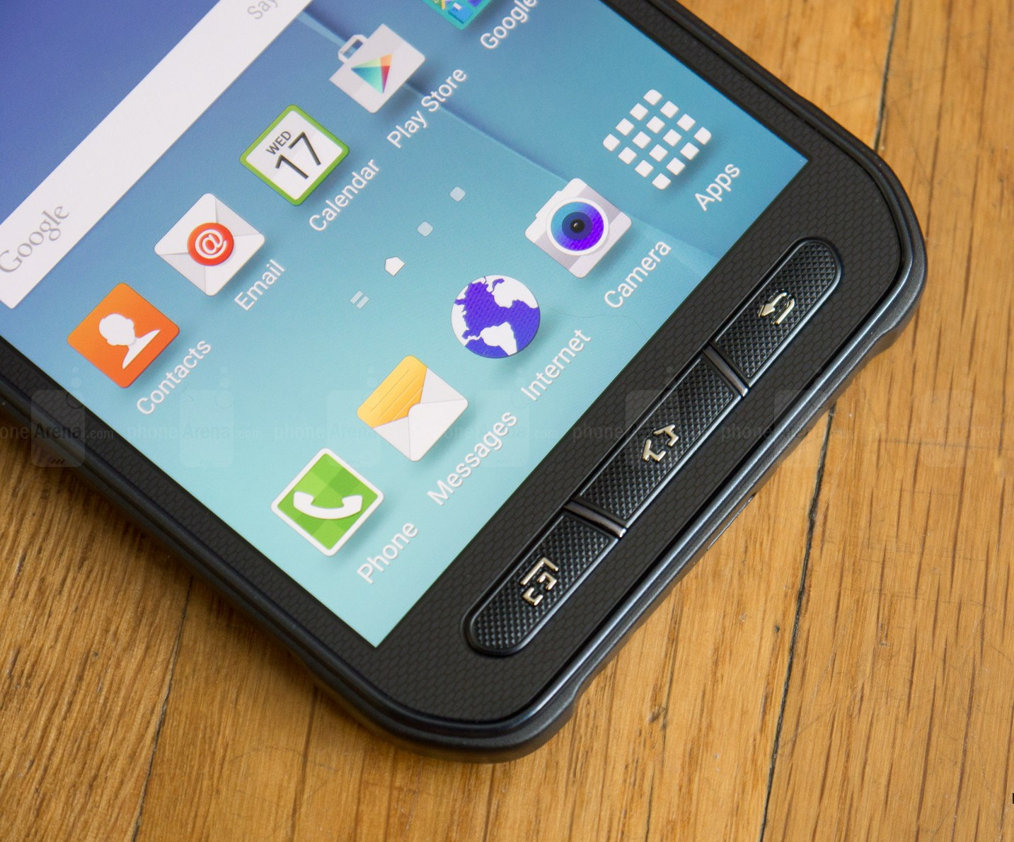 Samsung-Galaxy-S6-Active-Review-004