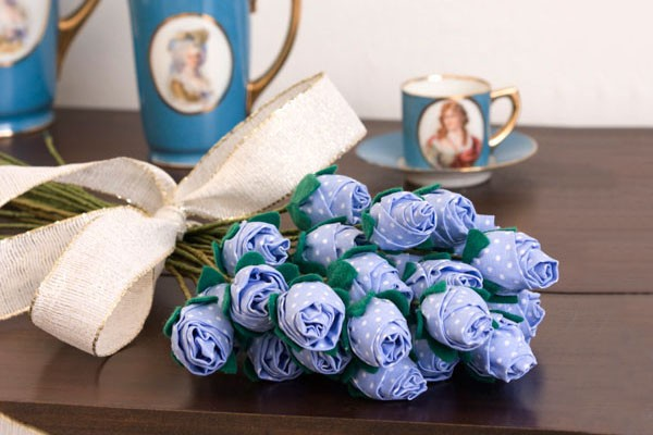 bouquet-of-fabric-roses(8)