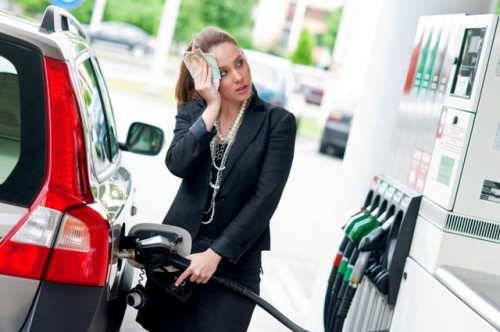 large_filling-station-diesel-woman